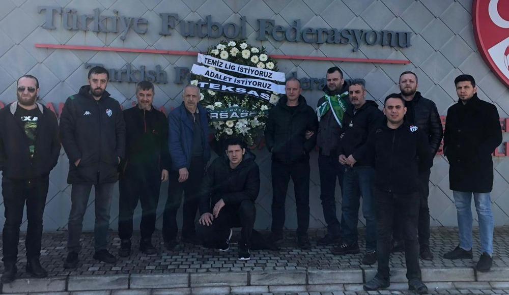 Bursasporlu taraftarlardan TFF'ye protesto
