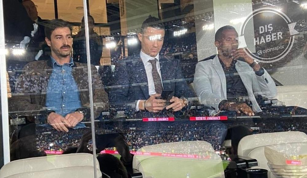 Cristiano Ronaldo, El Clasico'yu tribünden takip etti