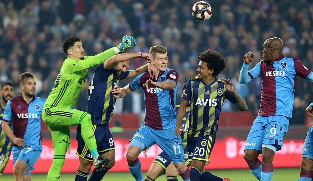 Fenerbahçe - Trabzonspor (Maçı canlı seyret)