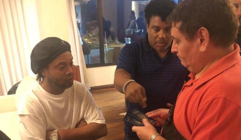 Ronaldinho'ya büyük şok! Gözaltına alındı