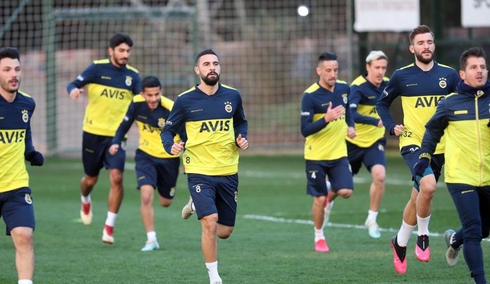 Fenerbahçe, Denizlispor maçının hazırlıklarını tamamladı