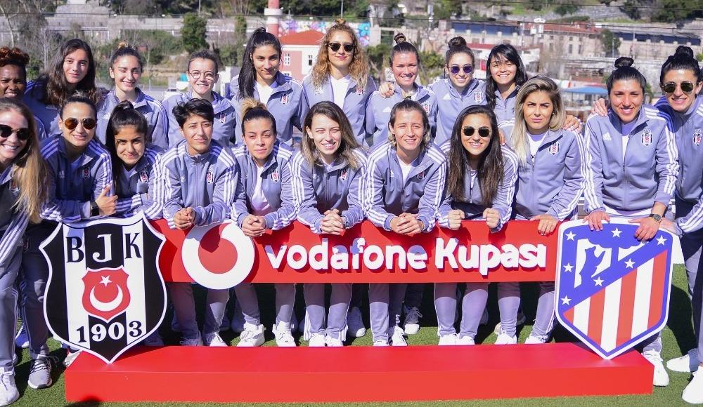 Vodafone Park'ta tarihi maç!