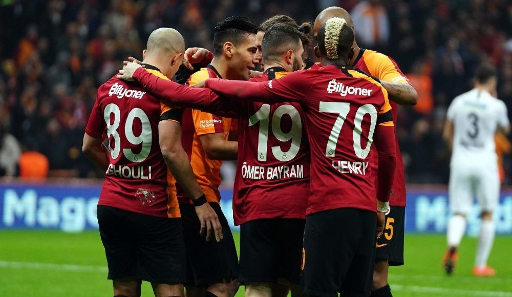 Liglerin ertelenmesi Galatasaray'ın aleyhine!