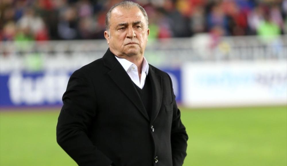 Galatasaray bu sezon deplasmanda kaç maç kazandı?