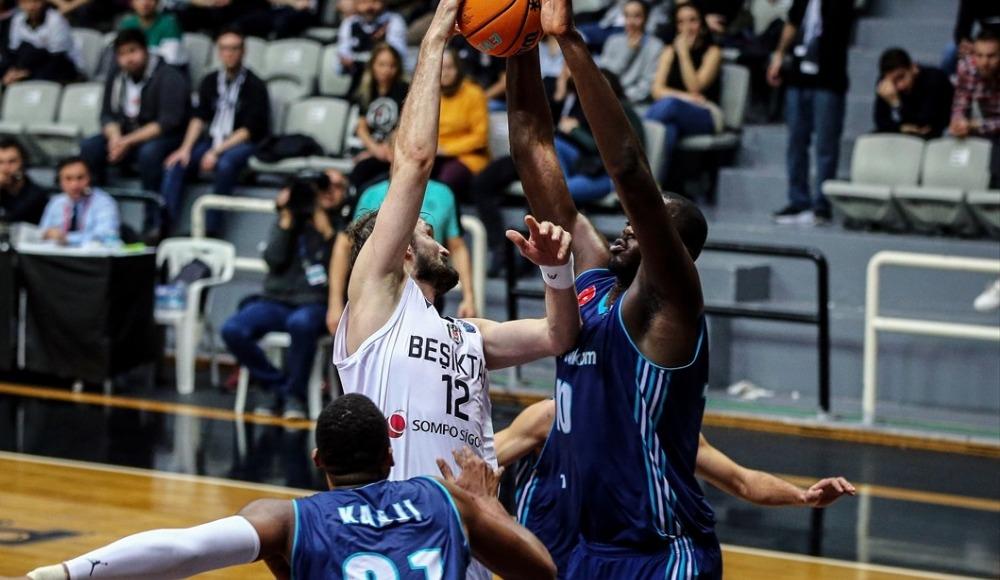 Beşiktaş'ı devirdi, çeyrek finale yükseldi