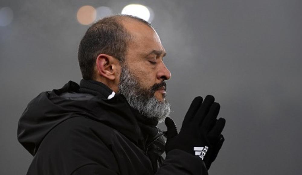 """Santo: """"İnsanlar ölüyor, sonra biz futbol oynuyoruz... Saçma!"""""""