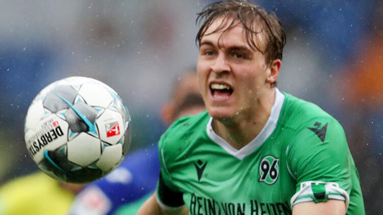 Timo Hübers (Hannover 96)