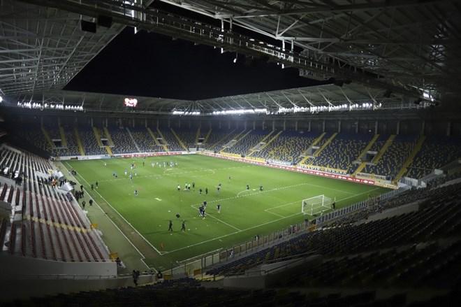 Koronavirüs önlemleri kapsamında Ankara'da sessiz maç