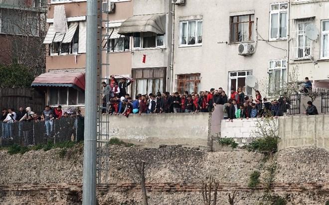"""Seyircisiz maçta taraftar desteği: """"Korona, tribüne engel olamaz"""""""