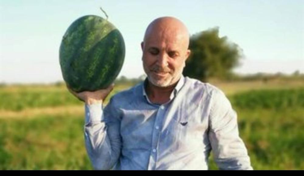 Hasan Çavuşoğlu, zamanını bahçelerinde geçirmeye başladı