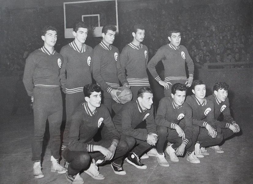 (Ali Azmi Kazaz - Ayakta en sağda)