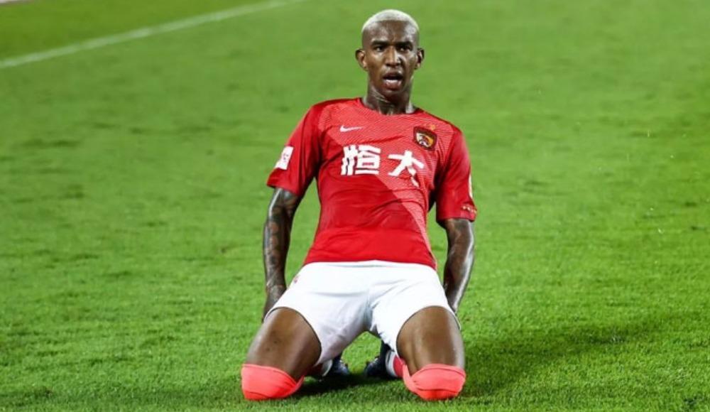 """""""Asya futbolunda oynamaktan mutluyum"""""""