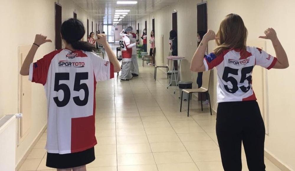 İtalya'dan gelen öğrencilere Samsunspor jest yaptı
