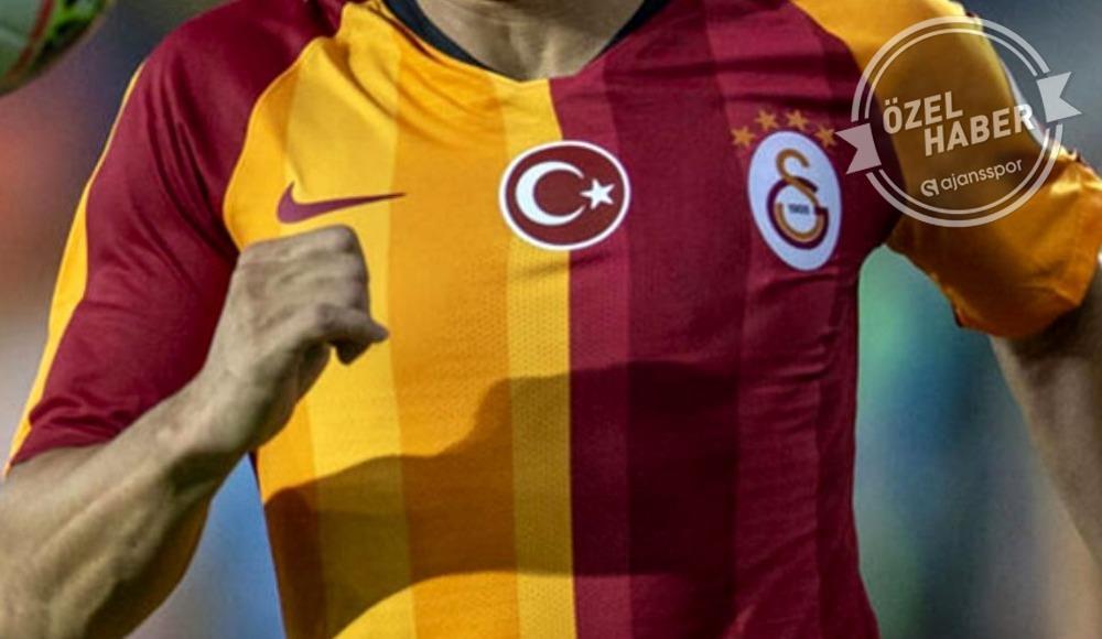 """""""Chelsea ve Juventus istedi ama Galatasaray beni bırakmadı."""""""