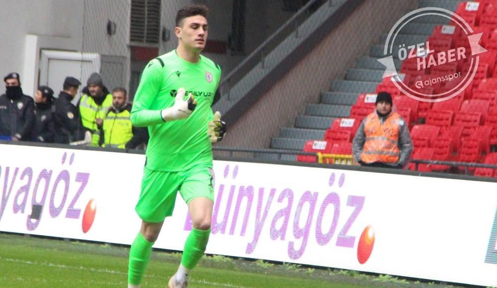 Nurullah Aslan, Beşiktaş'a transfer olacak mı? Ertuğrul Sağlam açıkladı!