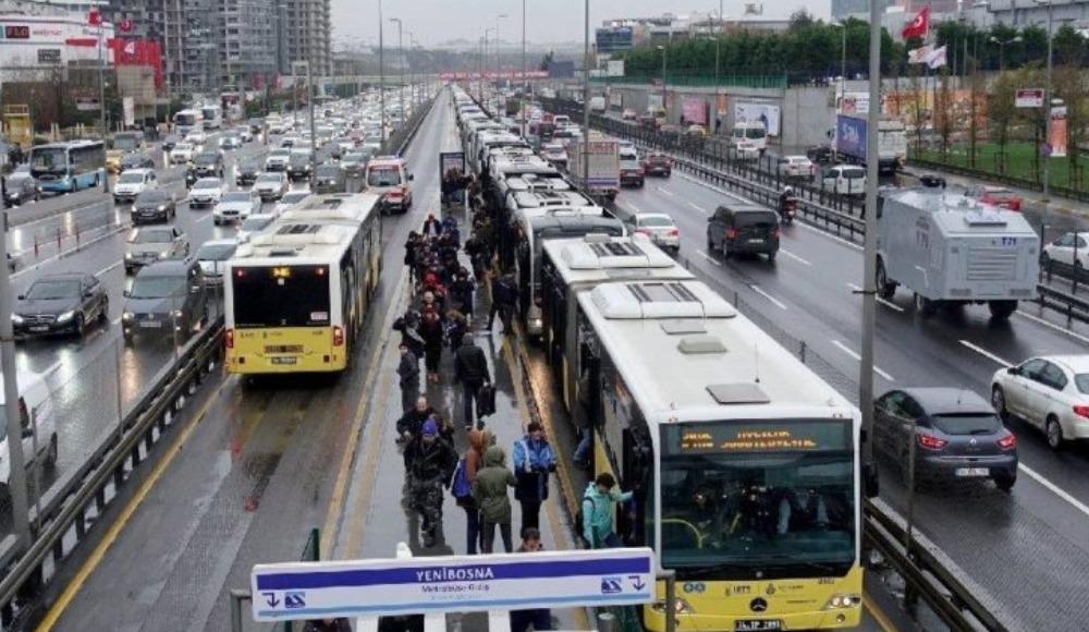 İstanbul'da metrobüsler kaça kadar çalışacak?