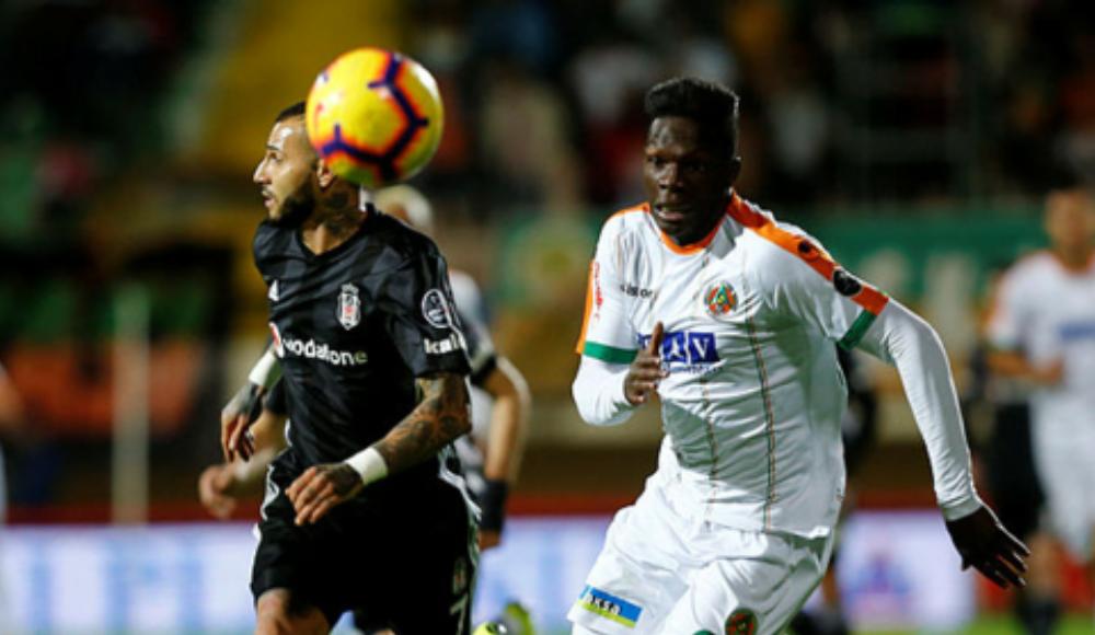 Fabrice N'Sakala'dan Beşiktaş paylaşımı geldi