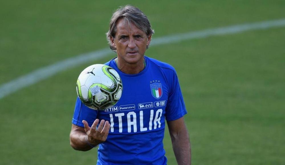 """Mancini'den Balotelli'ye: """"Yeteneğini heba ettiğini görecek"""""""