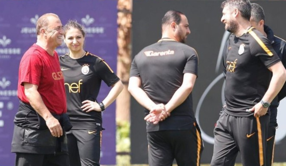 Galatasaray'dan Barcelona'ya! Antrenör...