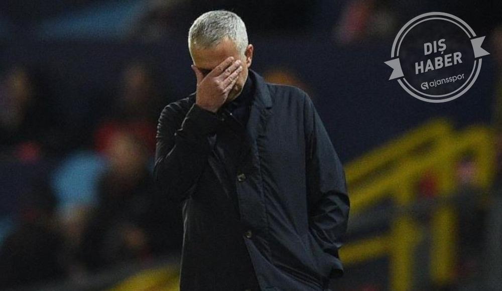 """Mourinho: """"Saatlerce ağladım"""""""