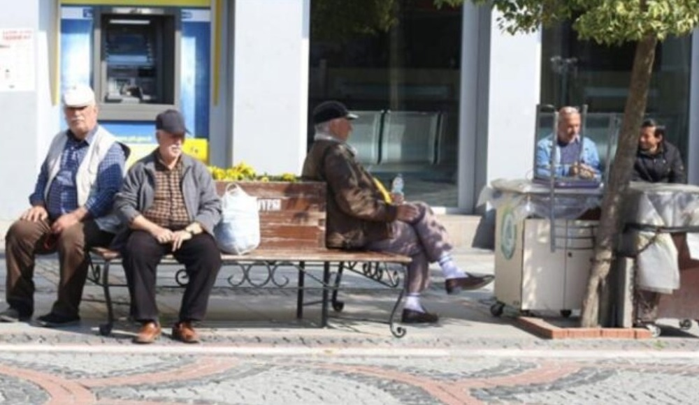 65 yaş üstüne sokağa çıkma izni mi geldi?