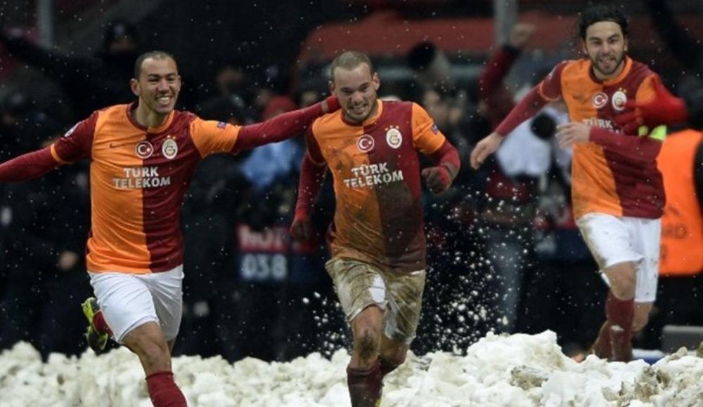 #FutbolTBT | 2 gün süren maçta Cimbom tarih yazdı!