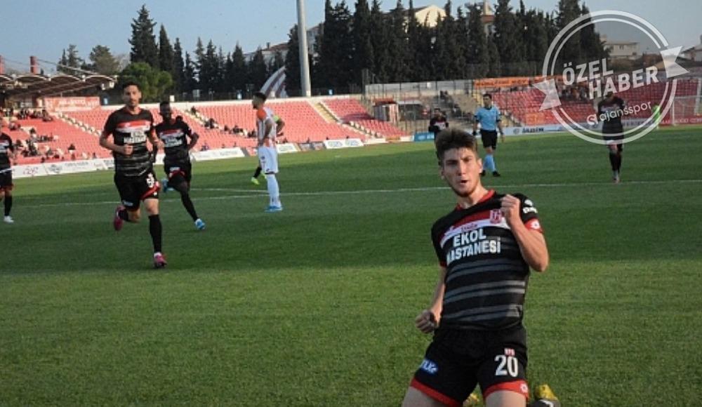 Genç forvet canlı yayında açıkladı! Trabzon ve G.Saray...