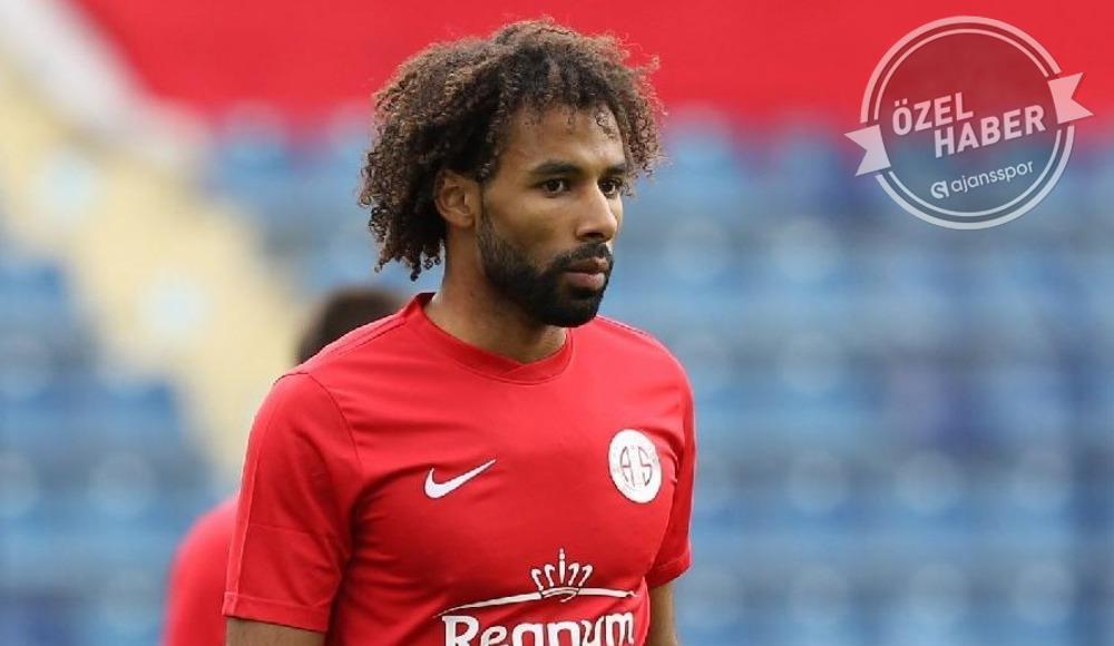 """Antalyaspor açıkladı: """"Sangare için birçok takımdan teklif aldık"""""""