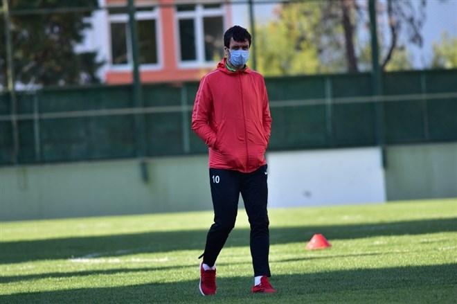 Manisa FK, Cihat Arslan yönetiminde hazırlıklarını sürdürüyor