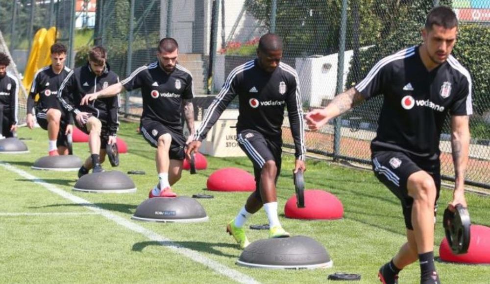 Beşiktaş'ta büyük stres: 'Hepimizi karantinaya alın'