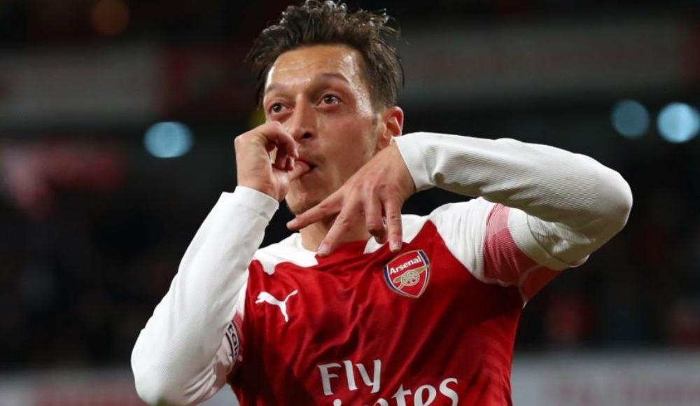 Mesut Özil 10 milyonluk yazlığını eşi için yeniledi