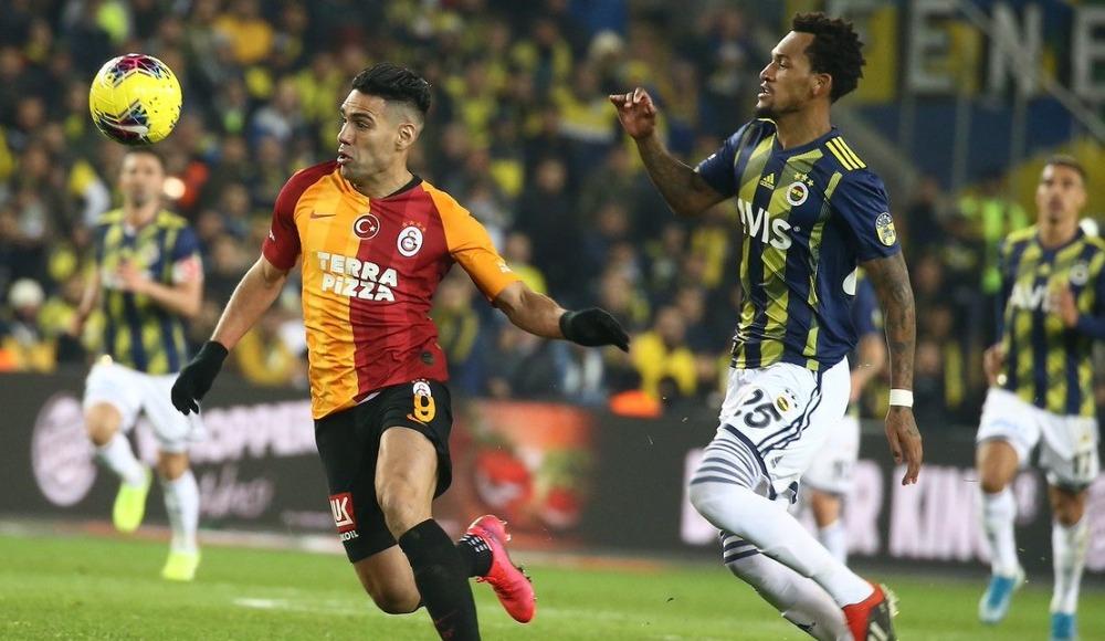 Futbolda 'Mahalle Kavgası'