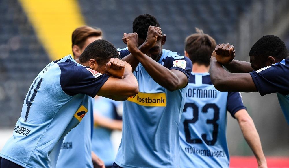 Mönchengladbach üçlükle başladı