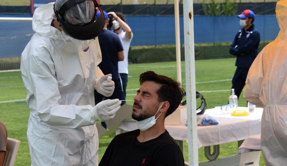 Altınordu'da futbolculara ve teknik heyete ikinci kez Kovid-19 testi yapıldı