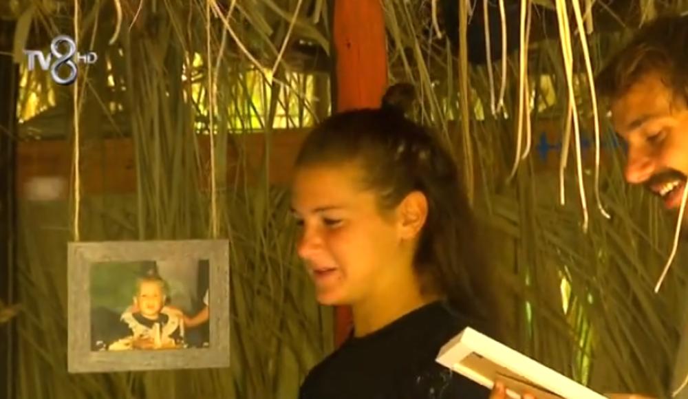 Survivor'da sürpriz: Ünlüler ve Gönüllüler çocukluk fotoğraflarıyla karşılaştı!