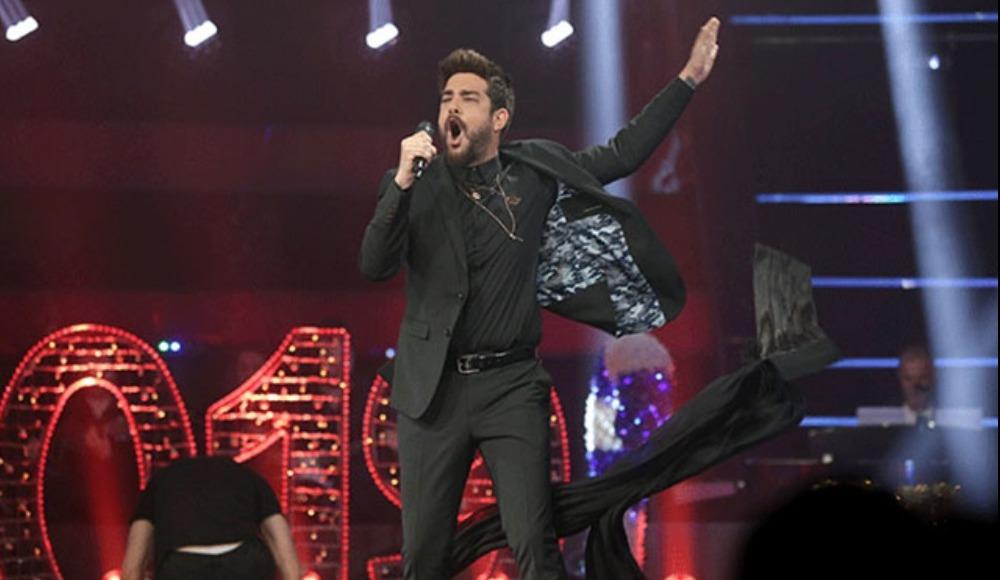 Enis Arıkan - Everyway That I Can şarkısı ile şov yaptı!