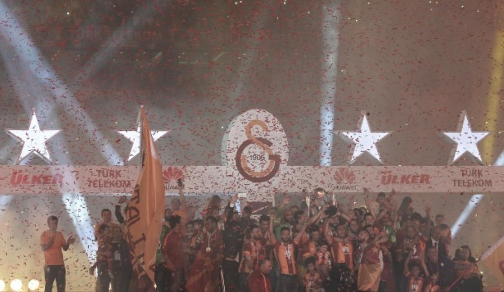 Galatasaray'dan 4. yıldız paylaşımı