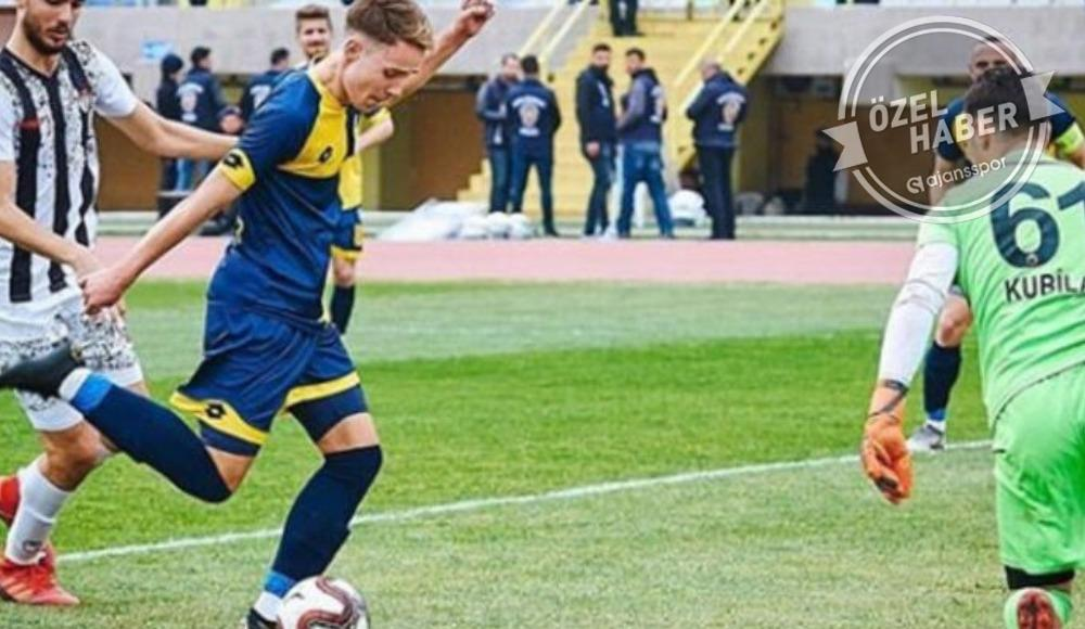 Fenerbahçe transferi bitirdi! İşte ikinci imza...
