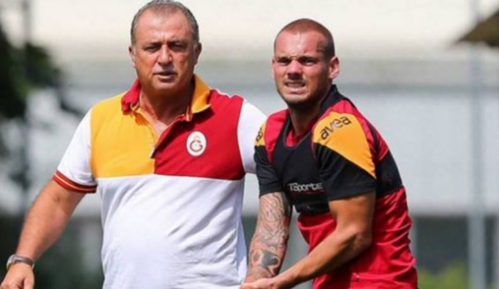 """Sneijder'e ekibimde her zaman yer var"""