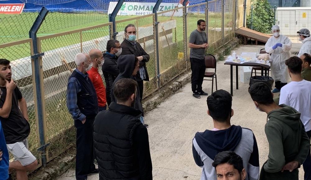 Menemenspor'da teknik heyet ve futbolcuların, Kovid-19 testleri negatif çıktı
