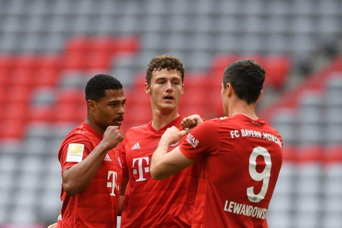 Lewandowski kariyer rekorunu egale etti