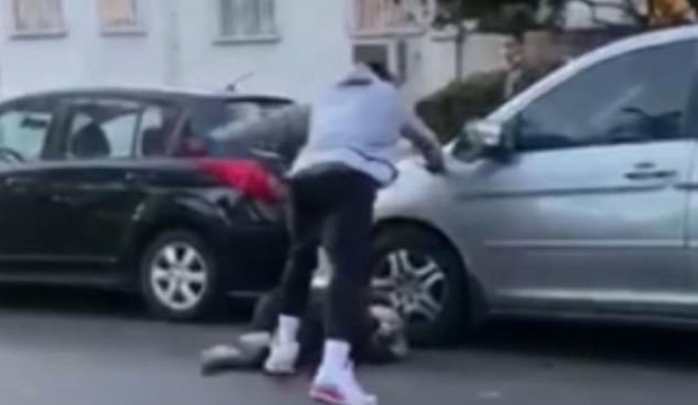 Ünlü basketbolcu arabasına zarar veren kişiyi dövdü