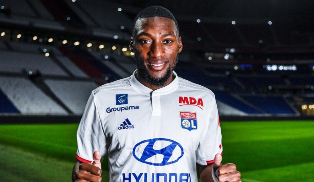 Olympique Lyon, Ekambi'yi bonservisiyle kadrosuna kattı