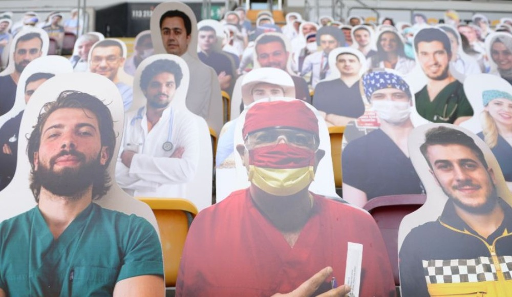 Galatasaray'dan alkış alan hareket!