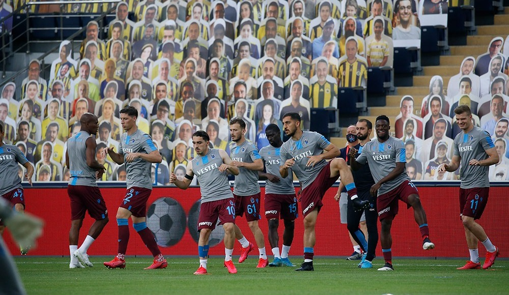 Trabzonspor'da Da Costa yedek, cezalı Guilherme kadroda yok