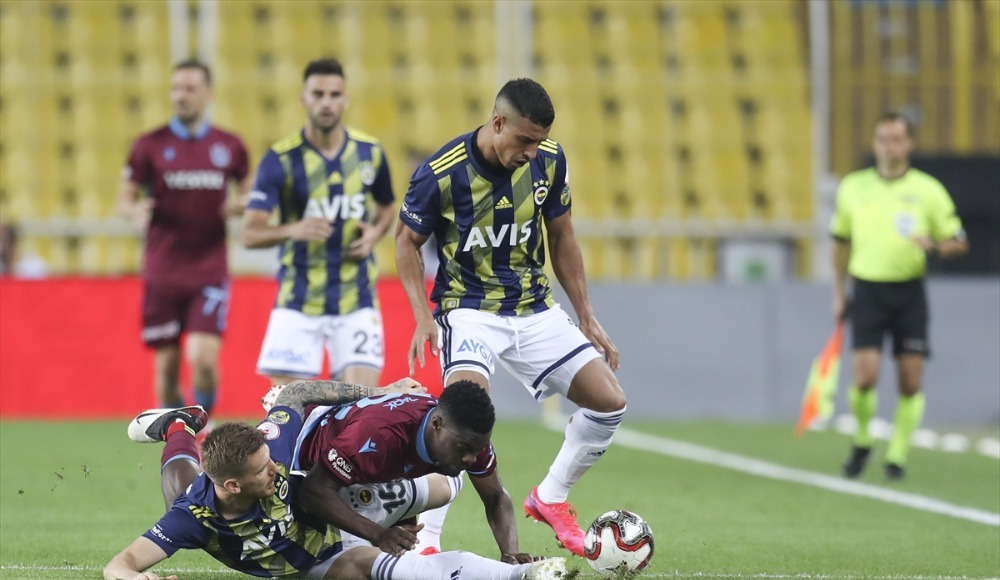 Fenerbahçe'den ilk 11'de dört değişiklik