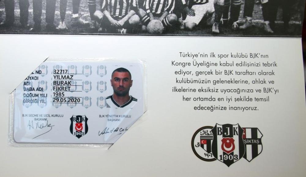 Burak Yılmaz, Beşiktaş Kulübünün kongre üyesi oldu