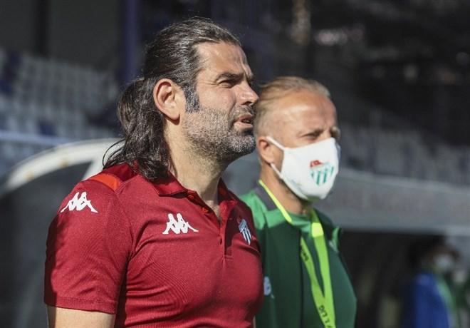 """İbrahim Üzülmez: """"Camianın bu futbol ve mücadeleyi hak etmediklerini düşünüyorum"""""""