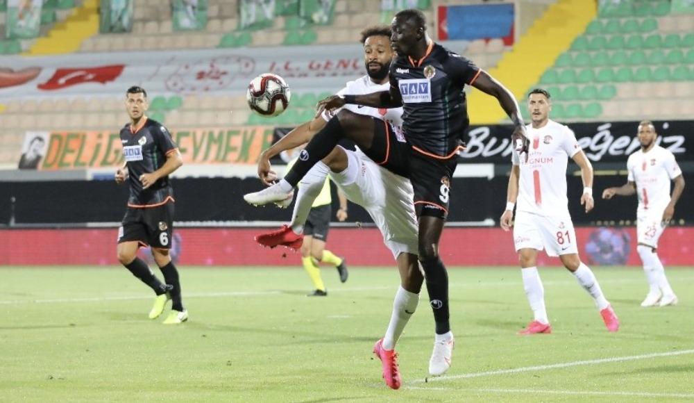 Antalyaspor, Isaac Sackey'ye dava açacak