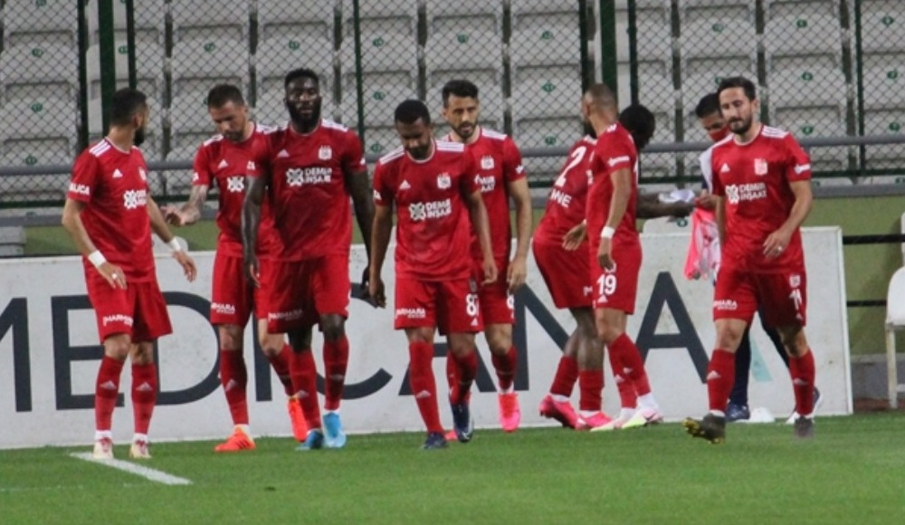 Sivasspor'da 11. kez Kovid-19 testi yapıldı